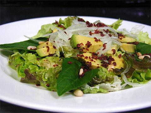 ホウレン草ベーコンアボカドサラダ