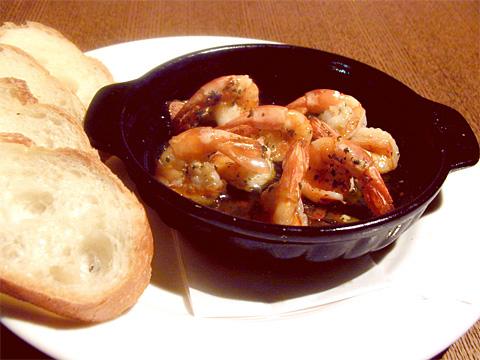 海老のガーリックオリーブオイル焼き パン添え